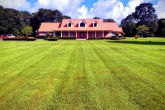 Groves-Texas-Lawn-Care-Service-1-e1541547818453